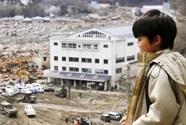 http://www.bibliotecagiapponese.it/wp-content/uploads/2013/03/bambino-giapponese-terremoto.jpg